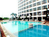 Swimming Pool - Bangkok Palace Hotel